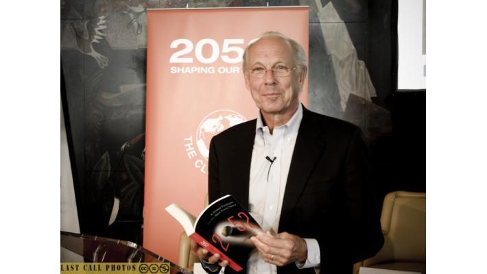 "Jorgen Randers presenting his latest book ""2052"""