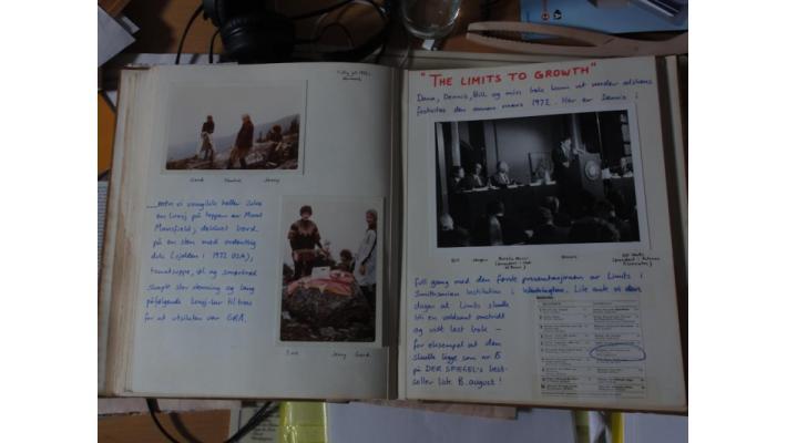 Randers' photo of the Smithsonian presentation