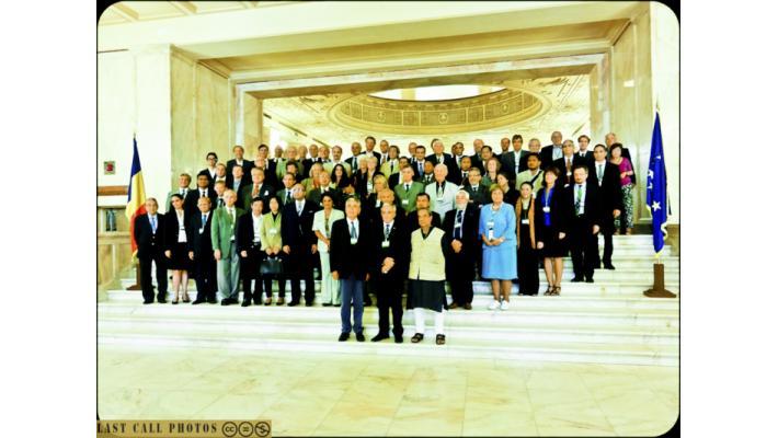 comitato ufficiale del Club di Roma @ the Global Annual Conference in Bucharest, Romania